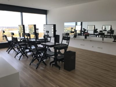 rollbare Cantoni Beauty Stations und LCN Regal bei BABOR